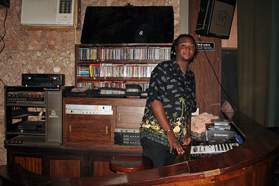 Fotoalbum von Malindi.info - Malindi-Gesichter 2005[ Foto 18 von 76 ]