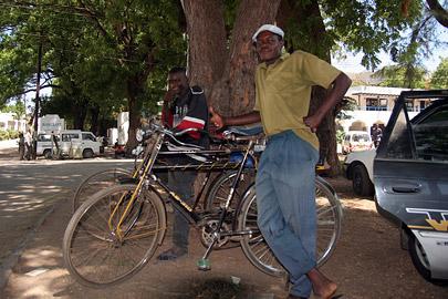 Fotoalbum von Malindi.info - Malindi-Gesichter 2005[ Foto 30 von 76 ]