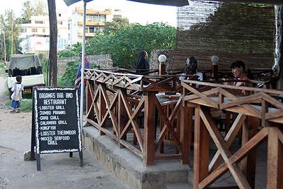 Fotoalbum von Malindi.info - Malindi-Impressionen von 2006[ Foto 1 von 83 ]