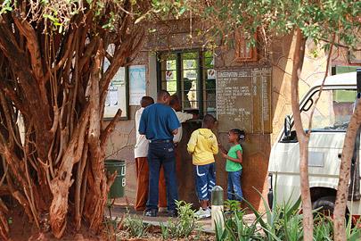 Fotoalbum von Malindi.info - Safari Tsavo East/West 2012[ Foto 40 von 98 ]