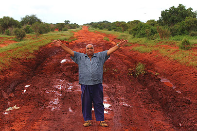 Fotoalbum von Malindi.info - Safari Tsavo/East und Amboseli Dezember 2012[ Foto 12 von 145 ]