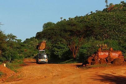 Fotoalbum von Malindi.info - Safari Tsavo/East und Amboseli Dezember 2012[ Foto 57 von 145 ]