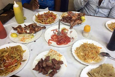 Malindi Local Restaurant Jabreen - Foto 2